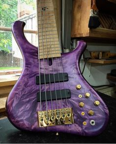 BassForwardさん(@bassforward)のInstagramアカウント: 「Marleaux - A very royal Consat Custom 6 form @marleaux_bassguitars #marleaux #marleauxbass #purple…」
