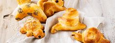Zopfteig-Tierli - Rezept | Swissmilk Dairy, Chicken, Food, Food Food, Rezepte, Meals, Cubs