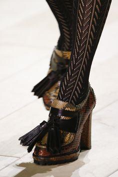 Лучших изображений доски «Обувь во всех городах»  878   Clothing ... 23987f055b9