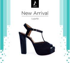 Llego lo nuevo!  Les presentamos Lujuria ellos hablan por sí solos! Compra Online www.desnuda.it/lujuria  #shoes #summer #trend #desnudashoes #love #summer2016