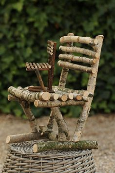 FM 14 asiento para niños pequeños - Driftwood Crafts, Rustic Crafts, Fairy Furniture, Log Furniture, Miniature Crafts, Miniature Fairy Gardens, Garden Crafts, Garden Art, Fairy Garden Accessories