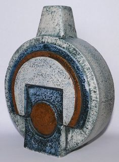Contemporary Vases, Clay Pot Crafts, Stunning Photography, Ceramic Design, Creative Thinking, Clay Pots, Ceramic Artists, Art Object, Lamp Bases