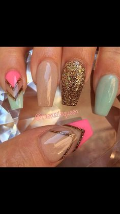 Nude: Nude Dolyy Pink Verde: Pastel Bahamas Rosa: So Stramberry Dourado: Glimmer Source by Get Nails, Fancy Nails, Love Nails, How To Do Nails, Pink Nails, Fabulous Nails, Gorgeous Nails, Pretty Nails, Amazing Nails