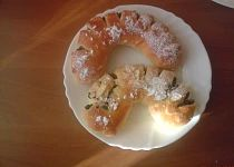 Tvarohovo - makové rohlíky Oatmeal, Breakfast, Food, The Oatmeal, Morning Coffee, Rolled Oats, Essen, Meals, Yemek