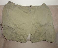 Mens Gap Army Green Cargo Shorts size 40 clothing. Find me at www.dandeepop.com