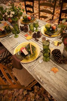 rustic holiday table display #BRAnnaK                                                                                                                                                                                 More