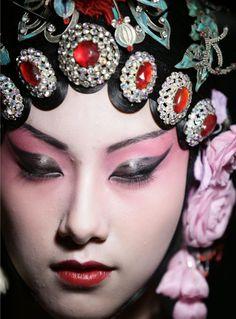 Chinese Opera Female Makeup Peking opera