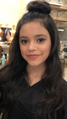 Shes so awsome i love her tv shows Disney Actresses, Disney Queens, Jenna Ortega, Sexy Teens, Young Models, Jessica Alba, Baby Girl Fashion, Beautiful Eyes, Celebrity Crush