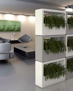 M - Stretch: Modular Planter Wall