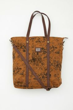 WOLF PACK TOTE BAG BY OBEY