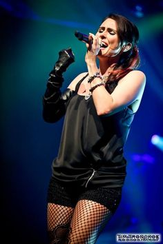 Sharon is amazing!  I hope to see her and WT in concert in 2014 because I just know it's gonna blow my mind. :)  Sharon Den Adel / Within Temptation