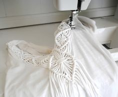 DIY Macramé Fringe Top - made to look so easy...follow the video. .