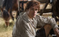 New 'Outlander' Extended Scene Shows More Jamie and Claire in the Stables | Outlander TV News
