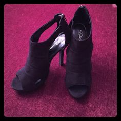 Suede Peep toe Stilettos Black. Worn once! Only worn one time ! Size 8 1/2 Excellent condition 5 in heel Delicious Shoes Heels