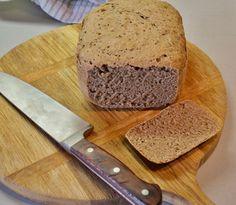 Celozrnný kváskový chlieb - doma a jednoducho / LubaArt / SAShE.sk Banana Bread, Desserts, Food, Basket, Tailgate Desserts, Deserts, Essen, Postres, Meals