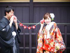 あかい糸 前撮り 小道具 Wedding Kimono, Photo Booth Props, Wedding Photoshoot, Diy Wedding, Wedding Photography, Poses, Weddings, Couples, My Style
