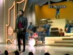 James Brown Live at Hollywood Palace (1968)