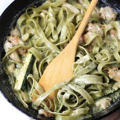 Creamy Zucchini Pesto Pasta with Chicken
