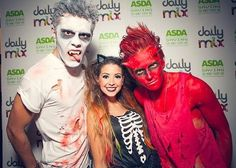 Alfie, Zoe and joe on Halloween. Zoe looks tiny! British Youtubers, Famous Youtubers, Pointless Blog, Pumpkin Tutu, Zoe Sugg, Masquerade Costumes, Tyler Oakley, Zoella, Monster