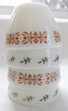 PYREX BOUILLON CUPS 714 s COPPER FILIGREE AND GREEN LEAF