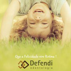 Postagem do nosso cliente Defendi Odontologia para hoje e que a mensagem sirva para todos! Felicidade sempre, pois a vida é curta demais para sofrer. #felicidade #sempre #vida #life #cliente #odontologia #socialmedia #upgrade #redessociais🌻👯