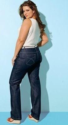 Tara Lynn, mannequin grande taille pour Taillissime de La Redoute