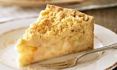 Streusel-Apfel-Kuchen Crumble Apple Cake Recipe: A juicy apple pie for guests – One of delicious, tasty recipes by Dr. Apple Cake Recipes, Pumpkin Recipes, Baking Recipes, Cookie Recipes, Fruit Cake Loaf, German Baking, Food Cakes, Cream Recipes, No Bake Desserts