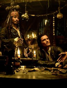 Johnny Depp and Orlando Bloom in Pirates of the Caribbean: Dead Man's Chest Captian Jack Sparrow, On Stranger Tides, Johny Depp, Pirate Life, Legolas, Orlando Bloom, Vikings, Dead Man, Pirates Of The Caribbean
