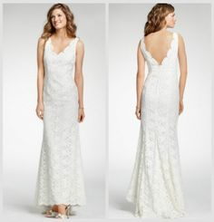 lace-rustic-wedding-gown