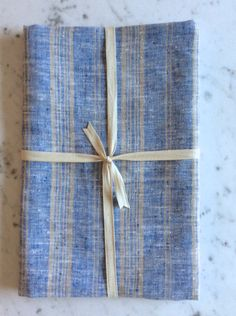 Le Fil Rouge Textiles European Linen Bath Sheet made in Canada from sustainable linen fabric. Linen Towels, Bath Towels, Bath Sheets, Home Textile, Linen Fabric, Textiles, Natural, Handmade, Blue