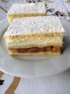 Sviatočné jablkové rezy, recept | Tortyodmamy.sk Paleo Recipes, Dessert Recipes, Sweet Cakes, Vanilla Cake, Baked Goods, Sandwiches, Cheesecake, Deserts, Food And Drink