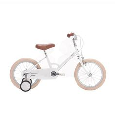 Things we love - Little Tokyobike 🚲 by @Tokyobikelondon . We love it in green, we love it in white, we love it in any colour! There are innumerable benefits to teaching a child to ride a bicycle as early as possible, it's a great opportunity to teach important life lessons such as patience and perseverance, it also has the added benefit of being good exercise as well as building the habit of being conscious of the environment. Isn't this bicycle stunningly beautiful✨? According to…