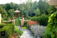 French Provincial : Historical Courtyards & Gardens
