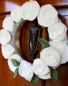 felt flower wreath - looks pretty, and would be easy to make