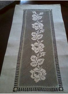 Filet Crochet, Crochet Stitches, Knit Crochet, Rose Lace, Beaded Lace, Embroidery Patterns, Lace Trim, Diy And Crafts, Bohemian Rug