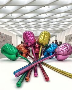 Jeff Koons at The Broad museum