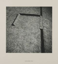 Richard Long: Turf Sculpture, Photograph, black and white, on paper. Dimensions image: 229 x 229 mm. Anthony Caro, Richard Long, Tate Gallery, Installation Art, Art Installations, Conceptual Design, Process Art, Through The Looking Glass, Environmental Art