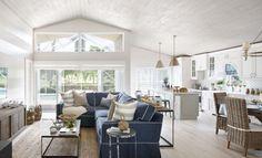 Seaside Cottage beach style living room