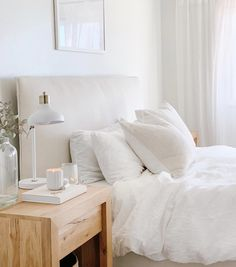 2019 came with beautiful, unique home trends that aren't going out of style. Here are the trends that we're carrying into Home Bedroom, Bedroom Decor, Bedroom Ideas, Modern Bedroom, Bedrooms, Tiny Studio Apartments, White Farmhouse Kitchens, Home Decor Trends, Decor Ideas
