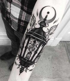 Lantern Tattoo by Franki Tattoo Neotraditional Tattoo, Backpiece Tattoo, Tattoo On, Tattoo Drawings, Tattoo Photos, Sky Tattoos, Wolf Tattoos, Sleeve Tattoos, Tattos