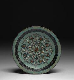 Plat minaï à la rosace, Kashan, art seldjoukide, fin du 12e - début du 13e siècle