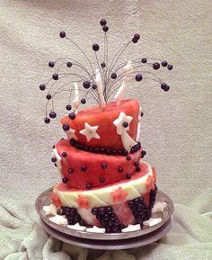 Spectacular red-white and blue watermelon cake by Rose Flores # hand knitting # crochet bag # brand bag # yarn # crochet - - 4th Of July Watermelon, Watermelon Cake, Fourth Of July Cakes, 4th Of July Desserts, July 4th, Fresh Fruit Cake, Cake Made Of Fruit, Fruit Cakes, Fruit Birthday Cake