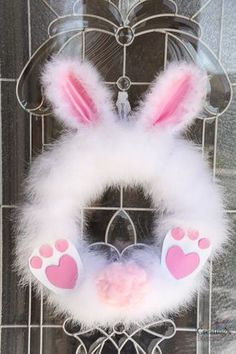 Fluffy Easter Bunny Wreath in under 30 minutes! How to make a Fluffy Easter Bunny Wreath in under 30 minutes!How to make a Fluffy Easter Bunny Wreath in under 30 minutes! Wreath Crafts, Diy Wreath, Door Wreaths, Diy Crafts, Easter Wreaths Diy, Diy Easter Decorations, Wreath Ideas, Quote Decorations, Spring Wreaths