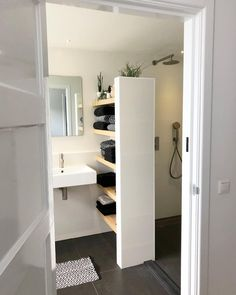 Home Renovation Tips: Enhancing The Floor Tiles Makes Huge Difference – Home Dcorz Small Attic Bathroom, Small Toilet Room, Bathroom Renos, Bathroom Interior, Design Bathroom, Home Room Design, House Design, Toilette Design, Modern House Plans