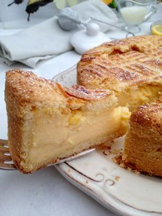 Translates into English if you want the recipe. Sweet Recipes, Cake Recipes, Dessert Recipes, Basque Cake, Spanish Desserts, Delicious Desserts, Yummy Food, Sweet Cooking, Sweet Tarts