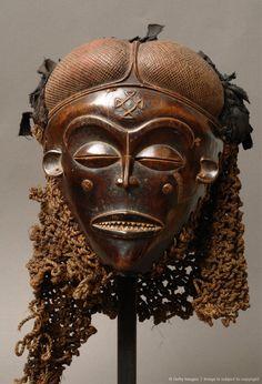 Democratic Republic of Congo, Tshokwe Phow mask