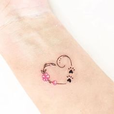 dog paw tattoo on wrist \ dog paw tattoo ; dog paw tattoo for men ; dog paw tattoo on foot ; dog paw tattoo on wrist ; Subtle Tattoos, Hot Tattoos, Mini Tattoos, Small Tattoos, Tattos, Disney Tattoos, Dog Memorial Tattoos, Tattoos For Daughters, Daughter Tattoos