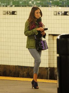 Sarah Jessica Parker Wears Mostly Unsuitable Footwear