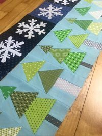 Scrappy Christmas Mystery Sew Along- The Art of Home Club - Jacquelynne Steves Hand Applique, Applique Patterns, Quilting Patterns, Christmas Quilt Patterns, Winter Quilts, Block Of The Month, Club Design, Mug Rugs, Quilting Tutorials