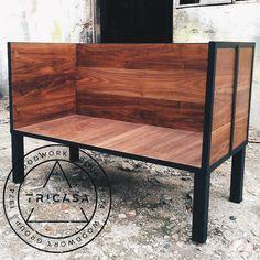 https://flic.kr/p/vouFvH | #enproceso sillones para #bar elaborados en madera de #tzalam con cuerpo de herrería. #tricasa #woodwork #group #excelenciaencarpinteria